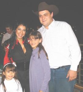 Prefeito, parentes e a ex-BBB Priscila